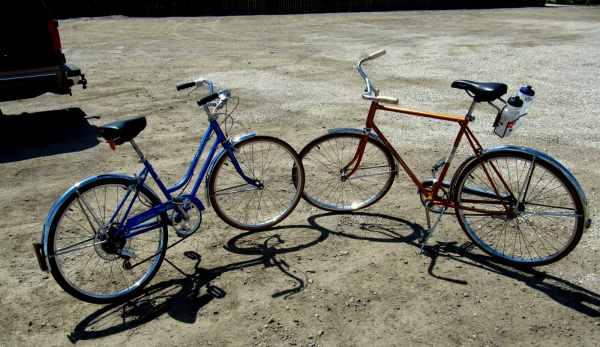 Kissing bikes
