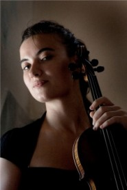 Aysen Ullucan, violin soloist
