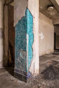 Mosaic column Photo by Brian Rybolt