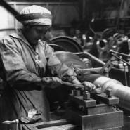 Work-Munitions-worker