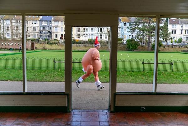 Santa Fun Run, Alexandra Park, Hastings 9th December 2012. Photo Chris Parker