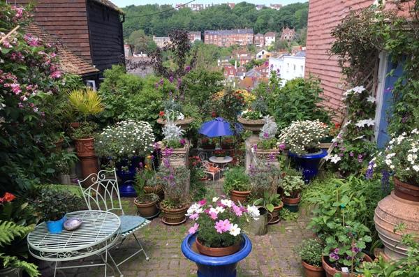 gardens main