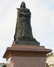 Statue of Queen Victoria in Warrior Square by Francis John Williamson; unveiled in 1902, damaged by bullets in 1942.