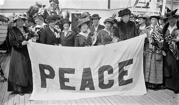 Schwimmer-Women-Peace-Delegates-1915-LOC-e1489005253199