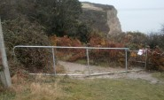 Closed footpaths prevent free access to Ecclesbourne Glen from the west. Photo from November 2016.