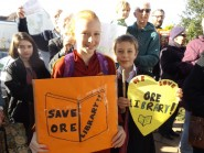 Protesters wanting to save Ore library Photo ZR