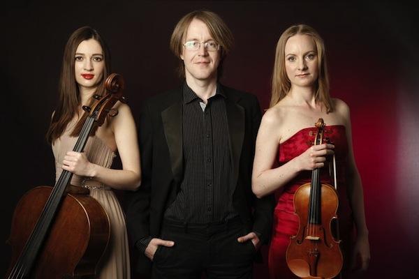 Rautio Piano Trio (Victoria Simonsen cello, Jan Rautio piano, Jane Gordon violin)