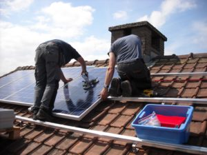 solar-panels-943999-300x225