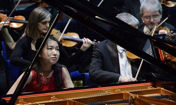 Su Yeon Kim plays Rachmaninov.