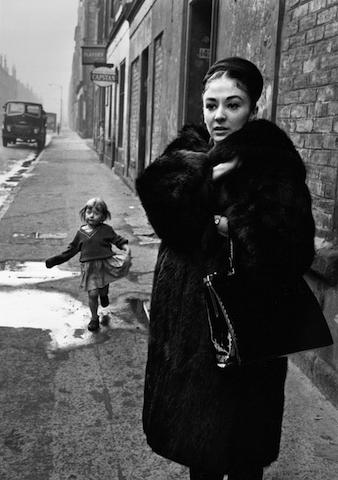 Elizabeth Anderton, The Gorbals, Glasgow 1961 © Colin Jones/Topfotos