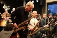 Pete Hurt in Big Band action.