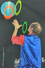 Laurie Temple juggling