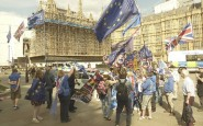 Remainers demonstrate outside Parliament (photo: licensed under the Creative Commons Attribution-Share Alike 4.0 International license).