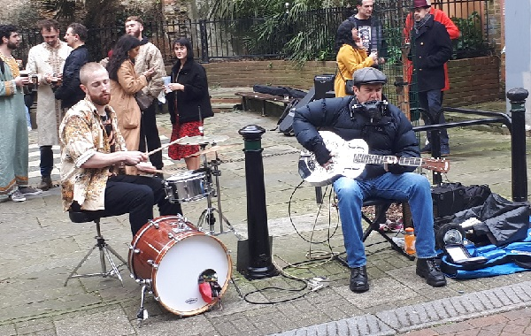 Darren's attention was caught by a busker playing slide guitar in Butler's Gap, with spontaneous backing provided by the drummer from