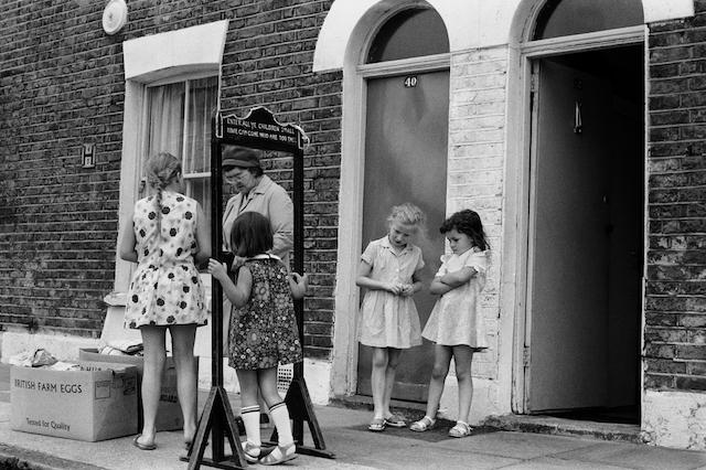 Farthing Bundles Fern Street Settlement London east end Bow.